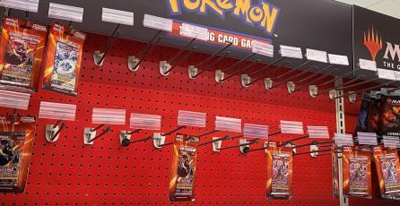 Tienda vuelve a vender tarjetas de <em>Pokémon</em> tras episodios de violencia