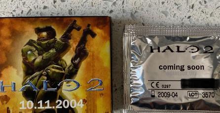 ¡La protección del Master Chief! Coleccionista muestra condones de <em>Halo 2</em>