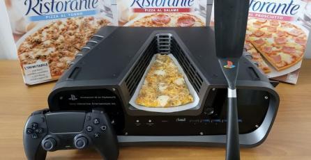 ¿Qué? Alguien vendió un dev kit de PS5 con un trozo de pizza por miles de pesos